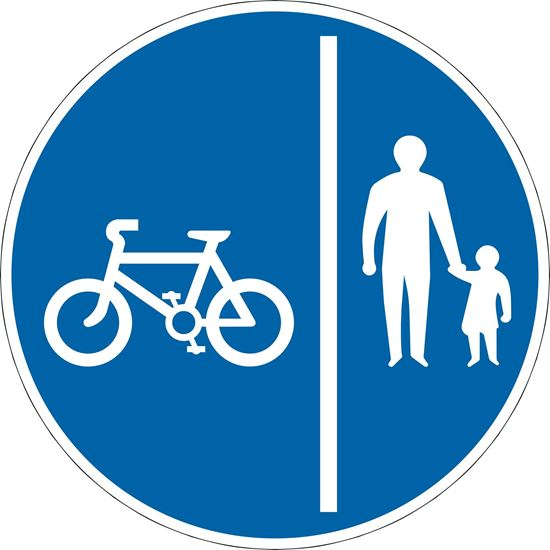 Route comprising 2 ways for the use of pedal cycles only and pedestrians only road sign